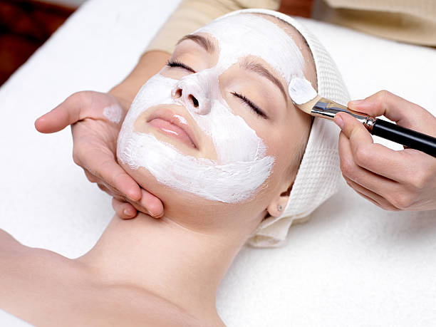 Facial & Cleanup